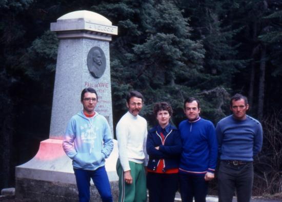 1982 Loïc Lionel Jocelyne Jean-Claude René au sommet du grand bois