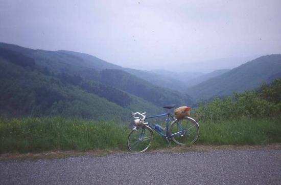 1993 05 itinérant en Beaujolais