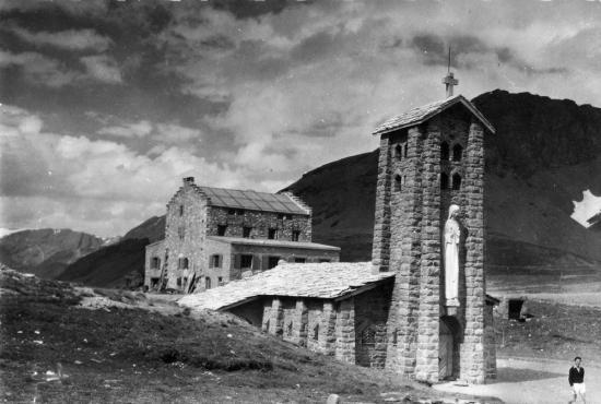 chapelle ND de toute prudence col de l'izoard (Savoie) 2770 m