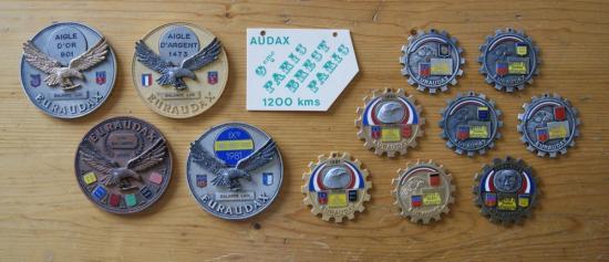 """quelques médailles de brevets """" audax """""""